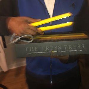 Tress Press drybar